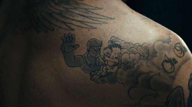 贝克汉姆用纹身关注 对儿童的暴力